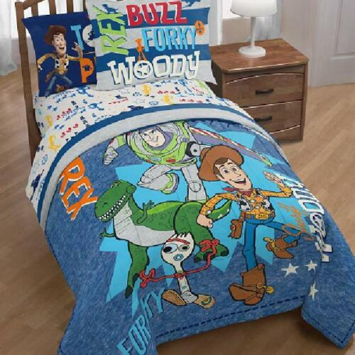 Toy Story 4 Twin//Full Comforter Set w// Woody Forky /& Rex Buzz Reversible W