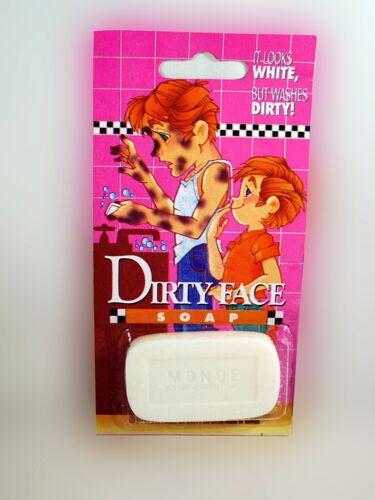 Itch Powder Fake Dog Poop Gelling Joke Gag WEEKEND HOUSE PARTY PRANK KIT