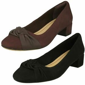 LADIES-CLARKS-NUBUCK-SLIP-ON-BOW-DETAIL-SMART-COURT-SHOES-SIZE-ORABELLA-LILY