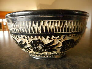 """Vintage etched black small pottery ceramic bowl handmade unmarked grainy 4.5"""" di"""