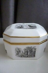 Vintage ROYAL WORCESTER OCTAGONAL TRINKET BOX WITH LANDSCAPES 3853 1960039s - Sutton Surrey, United Kingdom - Vintage ROYAL WORCESTER OCTAGONAL TRINKET BOX WITH LANDSCAPES 3853 1960039s - Sutton Surrey, United Kingdom