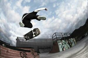 Skateboarder-Doing-Trick-in-Mid-Air-Photo-Art-Print-Poster-24x36-inch