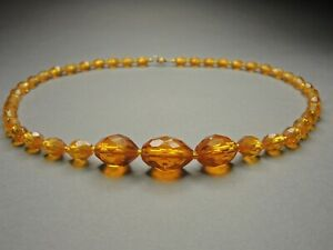 Vintage-Czech-Bohemian-Amber-Gut-Glass-Oval-Bead-necklace
