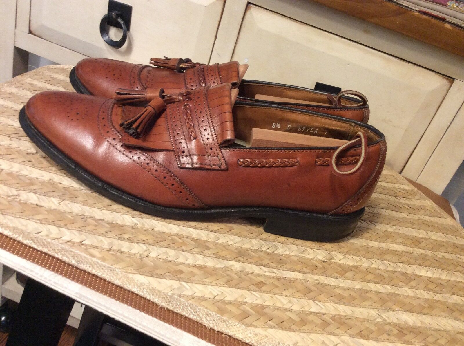 Allen Edmonds 8.5D  Bradenton Mens Walnut Leather Tassel Dress Loafer USA