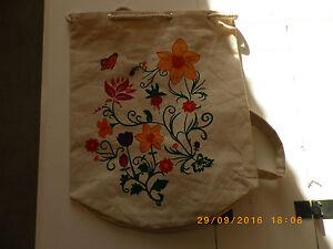 Sac-bandouliere-sac-marin-fleuri-jute-naturelle-sac-a-dos-femme-shopping-plage