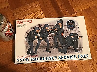 Dragon NYPD Emergency Service Unit 1//35 FS 'Sullys Hobbies'