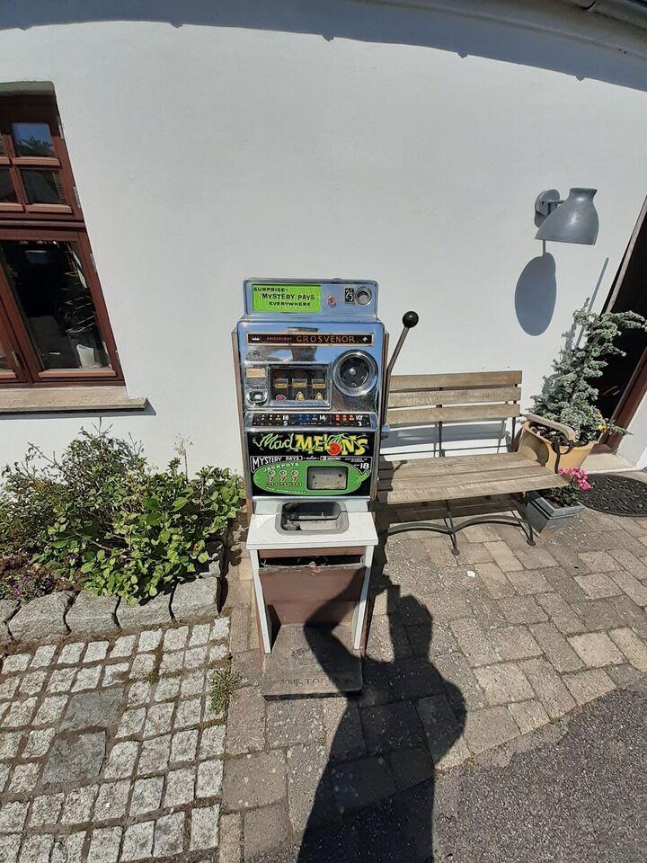 Aristrocrat, spilleautomat, God