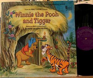 Walt Disney Winnie the Pooh and Tigger Vinyl LP Book Disneyland ST-3975 1st Ed.