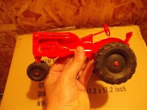 Allis-Chalmers-AC-C-VINTAGE-Tractor-1-16-Precison-Products-toy