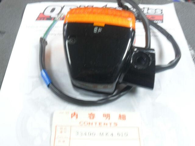 HONDA XBR500F 1985 NOS GENUINE FRONT RIGHT HAND INDICATOR 33400-MK4-610