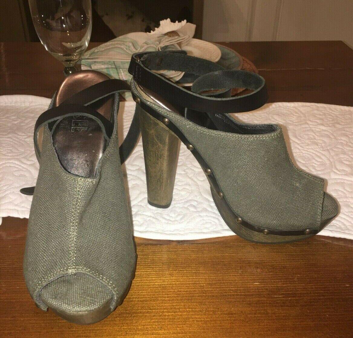 NWOT DIESEL  250 Moody Woody Yumu Peep-Toe Mules Heels