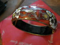 Well Made Cloisonne Enamel Bird & Flowers Hinged Bangle Bracelet beijing 1980s