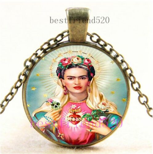 Vintage-Frida-Kahlo-Photo-Cabochon-Glass-Dome-Bronze-Pendant-Necklace
