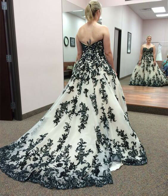 Black and White Sleeveless Wedding Dress Lace applique Modern Bridal Gown Custom