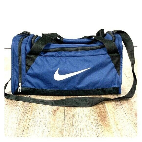 destacar para ver semestre  Nike Brasilia 6 Medium Duffel Bag Royal Blue Black Ba4829 411 for sale  online | eBay