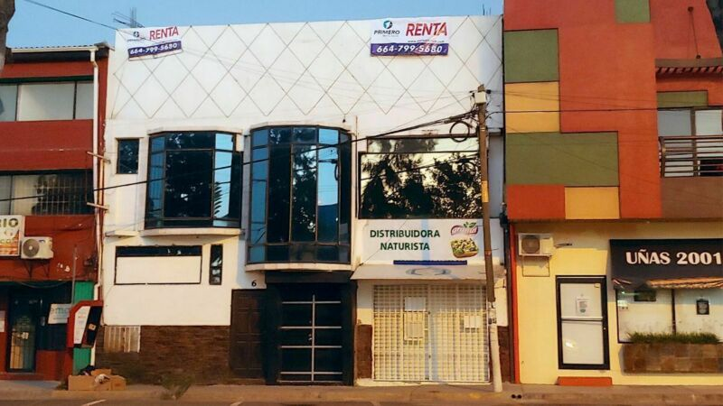 Se renta oficina de 80 m2 en Otay Consituyenntes PMR-1028