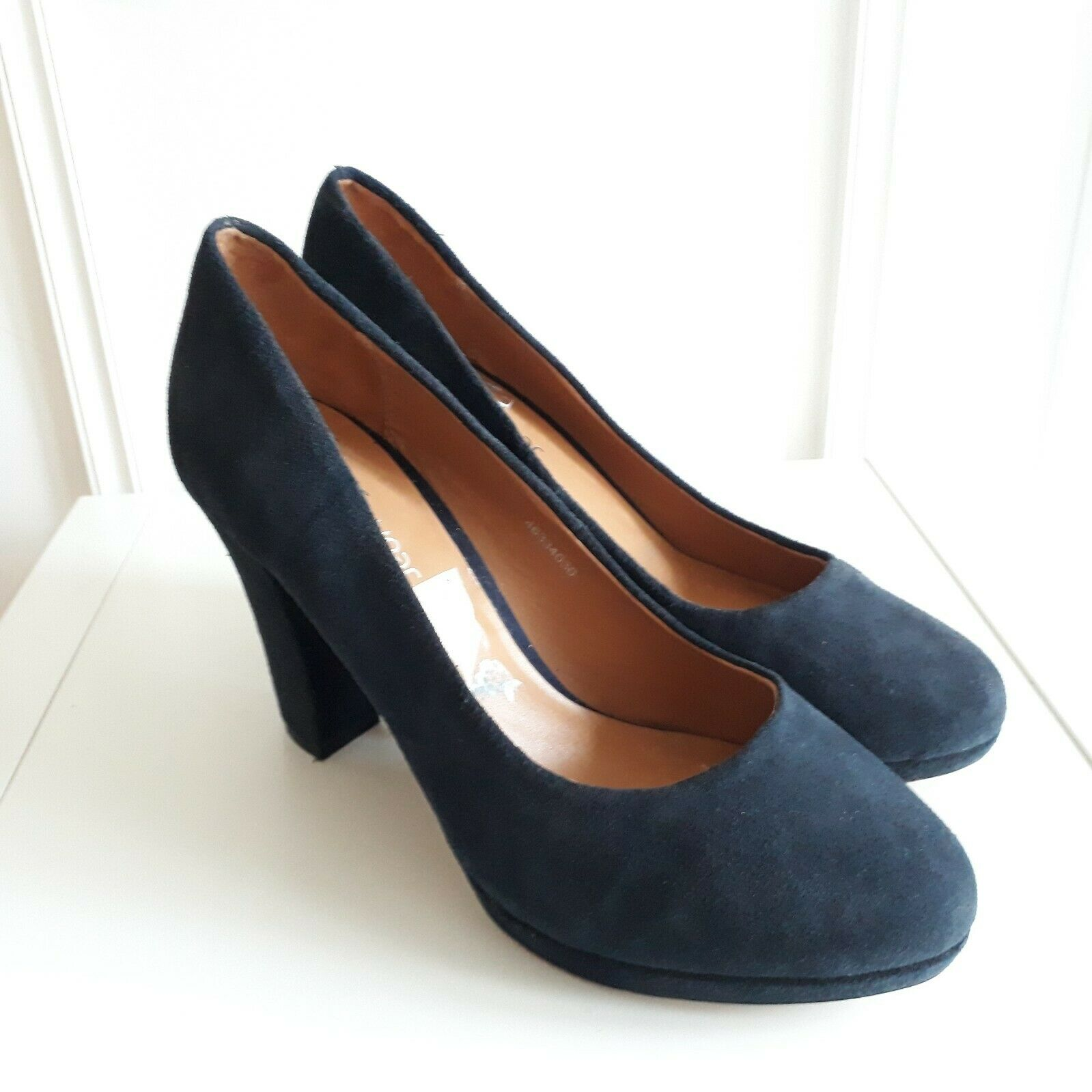 CLARKS Software chunky high heel bluee suede court shoes work office Sz  7   40