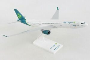 SKYMARKS-SKR1024-AER-LINGUS-A330-300-1-200-SCALE-PLASTIC-SNAPFIT-MODEL