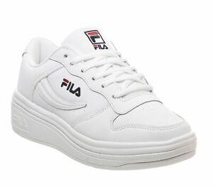Debardeur-FILA-Wx-100-Trainers-White-FILA-Marine-Fila-Rouge-Baskets