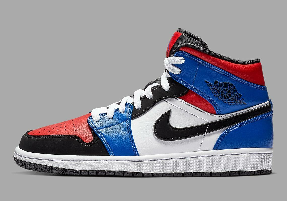 Nike Air Jordan 1 Mid Top 3 Size 7y. 554725-124 royal bred banned 7
