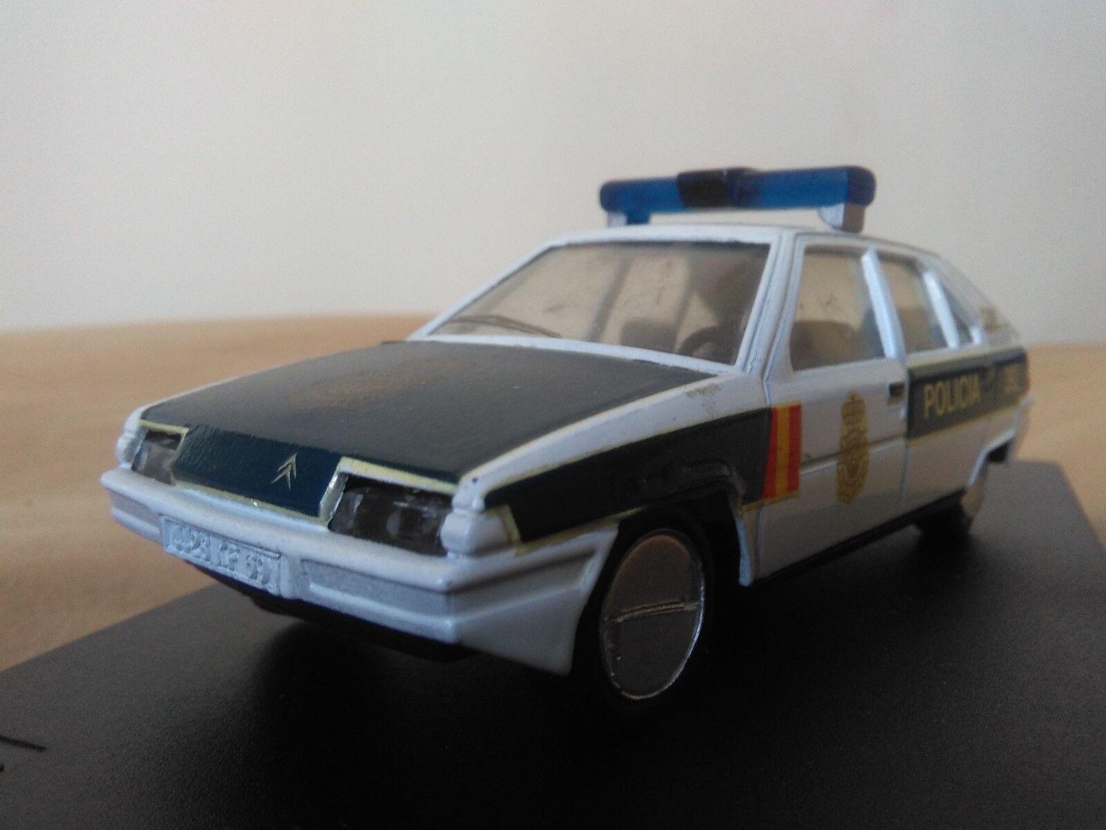 Antigua miniatura 1 43 Scale Carr PR022 Citroën BX Policía Nacional.