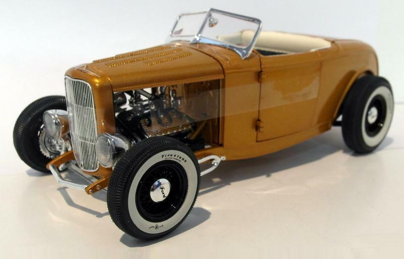 ACME 1 18 1932 Ford Roadster Diecast Model Car orange A1805007