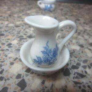 1-12-Dolls-House-Miniature-Bowl-amp-Jug-Blue-amp-White-CI063