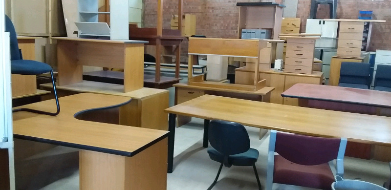 WE BUY AND SELL OFFICE FURNITURE