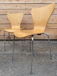 Paire de chaises d'Arne Jacobsen Design Vintage Fourmi