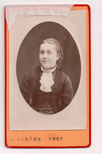 Vintage-CDV-French-Aristocrat-Madame-de-la-Herran-Jerome-Phot