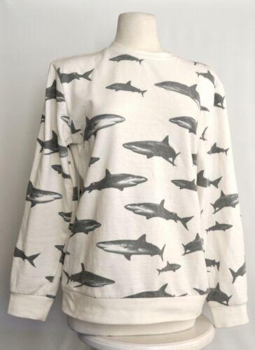 21 Men An American Brand Shark Sweater Medium
