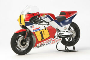 Tamiya-14121-1-12-Scale-Grand-Prix-GP-Motorcycle-Model-Kit-Honda-NSR500-039-84-NIB