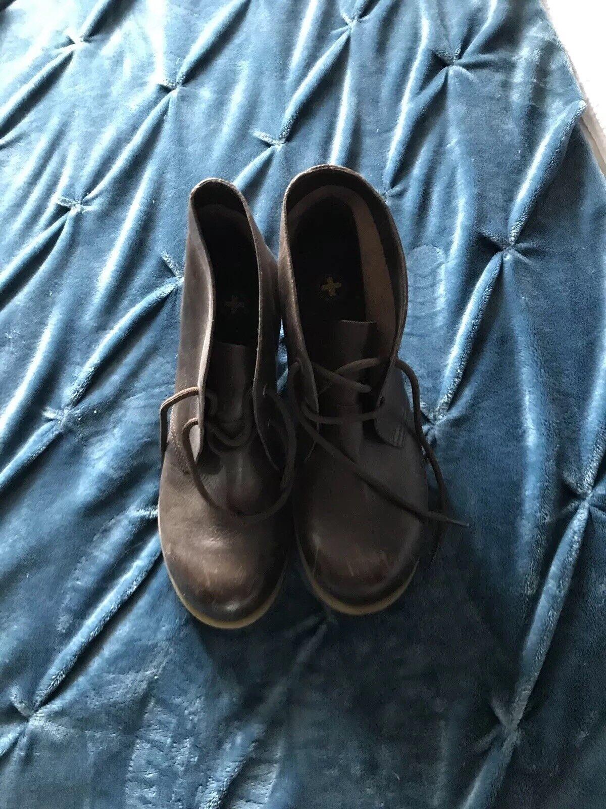 Dr Martens marrón zapatos botas Talla 8 8 8  mas preferencial