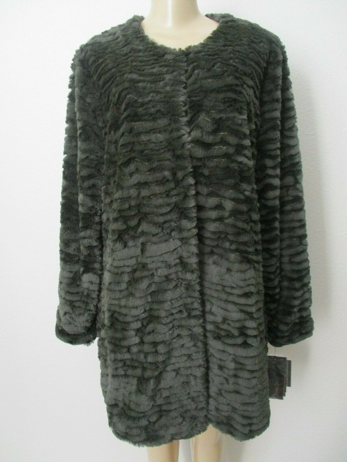 ADRIENNE LANDAU GREEN FAUX FUR LONG SLEEVE COAT SIZE L - NWT