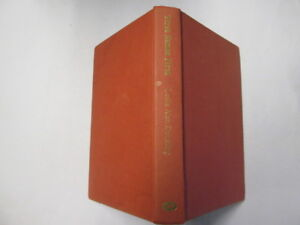Good-First-Names-First-Hardcover-Dunkling-Leslie-1977-06-02-No-dust-jacke