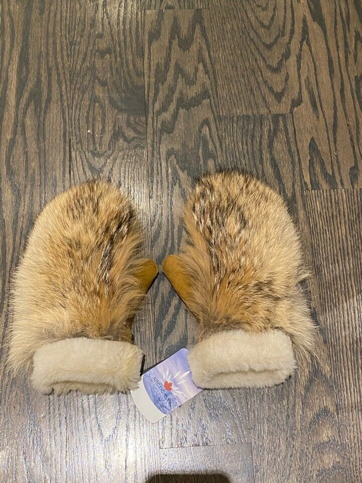 Arctic Bay Canada Coyote Fur mitts shearling sheep skin auth bag