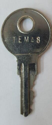Truck Cap Camper Shell Topper Glasstite T Lock 1 Key Key #TEM48 TEM48 Brand New