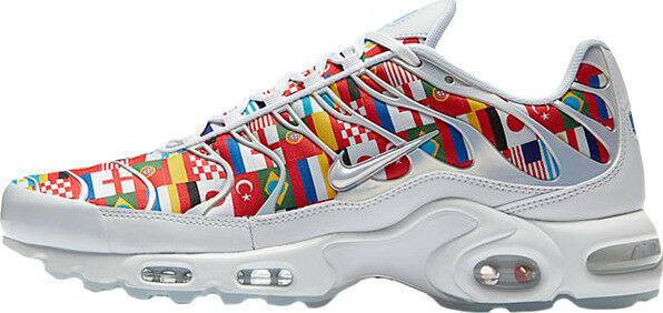 Nike Air Max Plus size NIC size Plus 10. White Multi World Cup Flag Pack AO5117-100. 3ed740