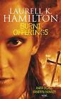 Burnt Offerings by Laurell K. Hamilton (Paperback, 2000)