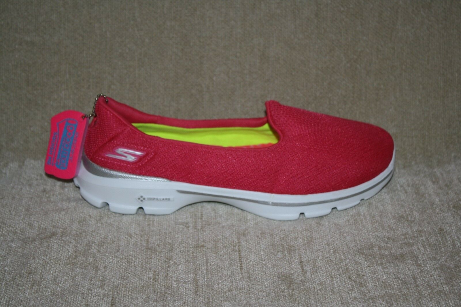 SKECHERS GO WALK 3 WALKING SHOES SN 13983 PINK WOMENS US SIZE 7.5 (115)