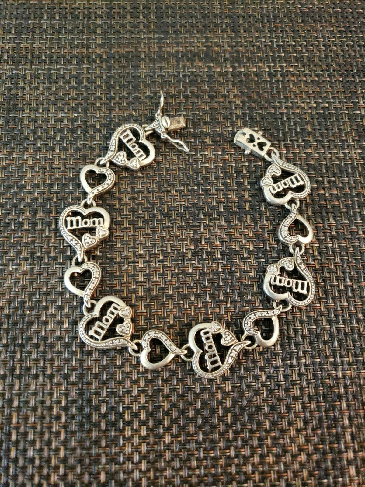 Her Gifts Chunky Silver Colour Charm Bracelet With Elephants /& Hearts