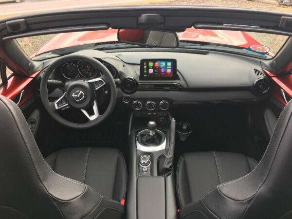 Mazda MX-5 1,5 Sky-G 132 Roadster Edition billede 10