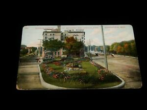Vintage-Postcard-MINNEAPOLIS-MINNESOTA-MN-Flower-Garden-Hennepin-amp-Lindale-Ave