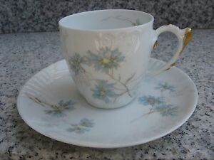 TASSE-a-CAFE-Porcelaine-LIMOGES-Belle-dorure-Relief