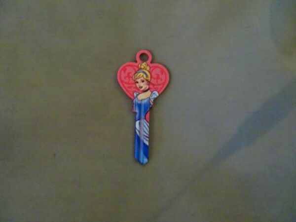AnalíTico Collectable Key~ Cinderella ~key Blank Character Novelty House Key Ul2