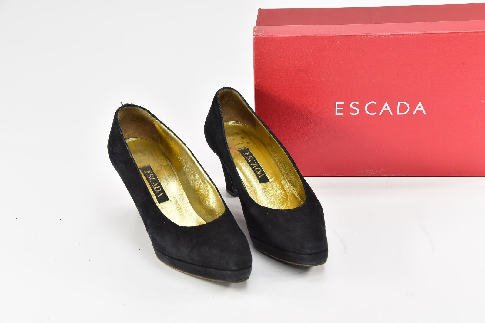 Escada Black Suede Suede Suede Platform Pumps Heels 37.5 - R73 b15786