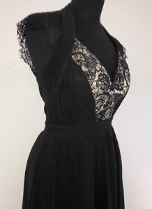 Mit lang spitze kleid schwarzes Schwarzes Kleid
