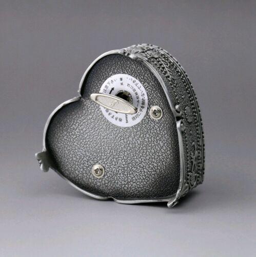 BEAUTY AND THE BEAST HIGH QUALITY TIN ALLOY HEART SHAPE MUSIC BOX