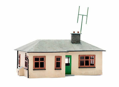Costante Dapol Kitmaster :- C021 Detached Bungalow Oo / Ho Scale Plastic Kit Last One