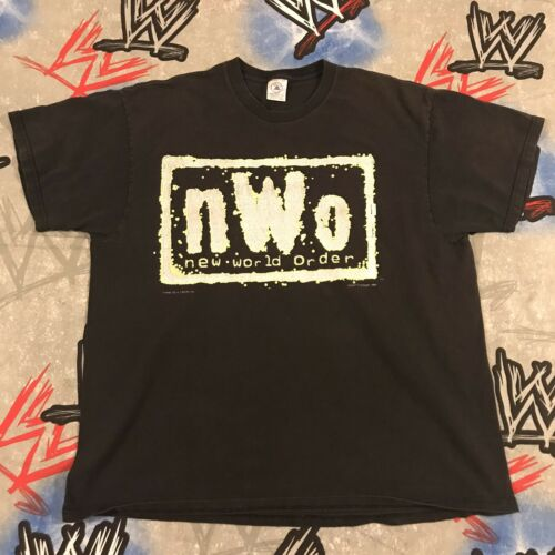 "nWo ""New World Order"" T-Shirt XL 1998 WCW ""Glow in"